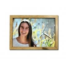 Persönliche Foto-Wanduhr mit Rahmen